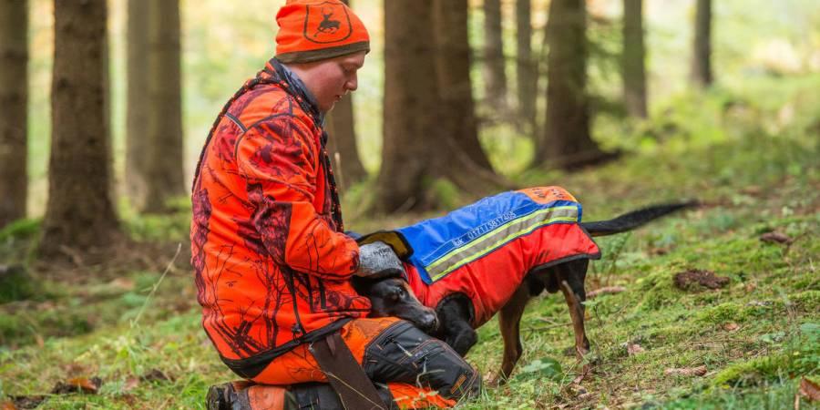 Enge Partnerschaft: In jedem dritten Jägerhaushalt in Deutschland lebt mindestens ein Hund. (Quelle: Mross/DJV)