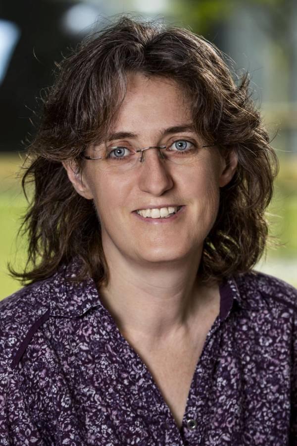 Wissenschaftlerin Dr. Christine Fast leitet das CWD-Projekt am FLI. (Quelle: W. Maginot, Friedrich-Loeffler-Institut)