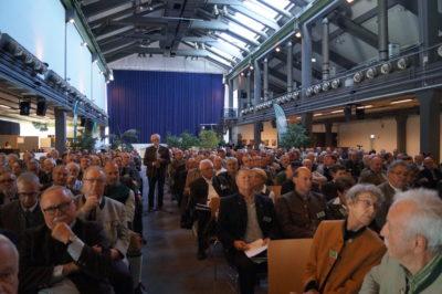 Jäger geben Startschuss für Neuanfang. In Schrobenhausen zeigten die bayerischen Jäger Geschlossenheit und den Willen für einen Neustart im Verband. (Quelle: BJV)