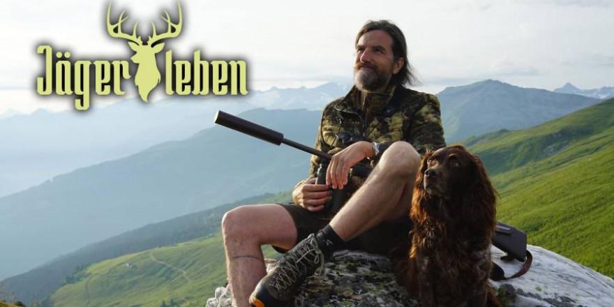 Für den passionierten Bergjäger Thomas Tscherne schließen sich Tierliebe und Jagd nicht aus (Foto: DMAX)