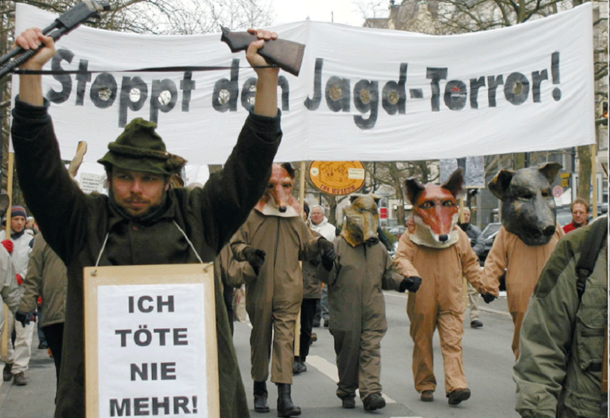 Tierrechtler demonstrieren gegen die Jagd