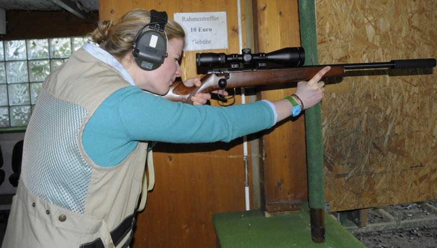 Sophie von Korff schießt