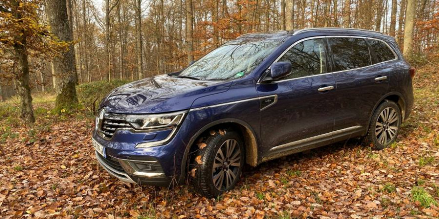 """Der Renault Koleos in der Version """"Initiale Paris"""" im Profil. (Foto: sg)"""
