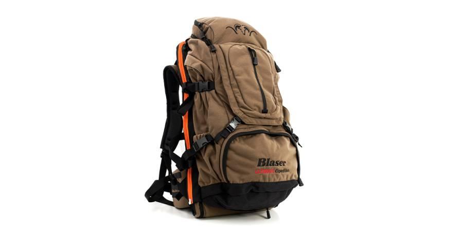 Ein großzügig bemessener Schweißsack sowie ein integriertes Waffentragefach gehören zur großzügigen Ausstattung des Ultimate Expedition