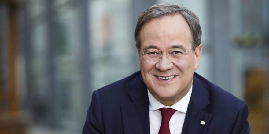 Der Kanzlerkandidat der Union, Armin Laschet, nahm am Mittwoch an einer Podiumsdiskussion in Stuttgart teil. (Foto: Laurence Chaperon)