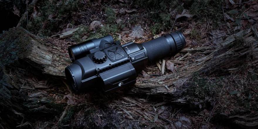 Digitaltechnik hat sich in Fotografie und Film längst durchgesetzt, auch im Bereich der Nachtsichtgeräte wird sie immer wichtiger. (Bildquelle: Pulsar-nv.com)
