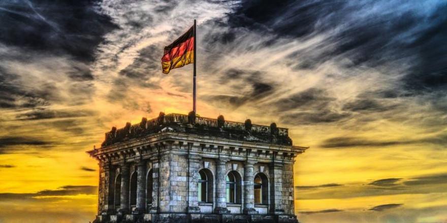 Der Berliner Reichstag (Symbolbild: FelixMittermeier)