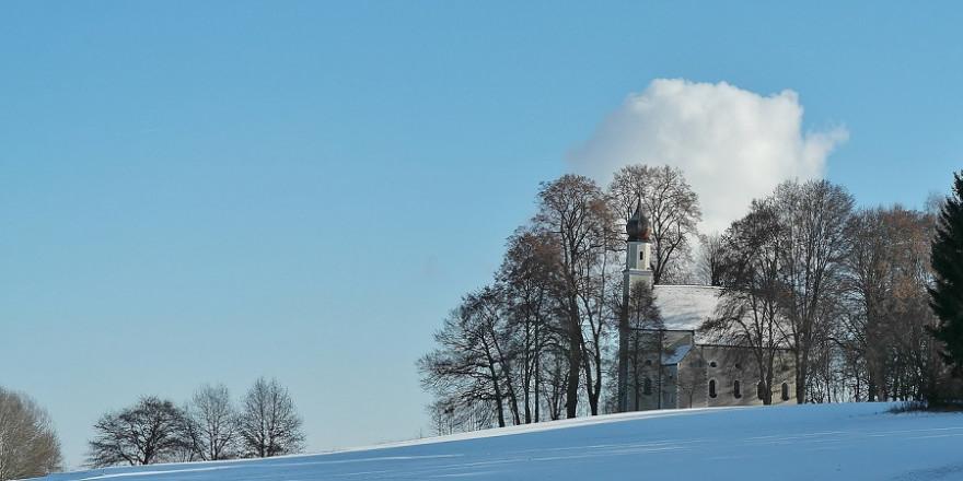 Bayerische Kapelle im Winter.