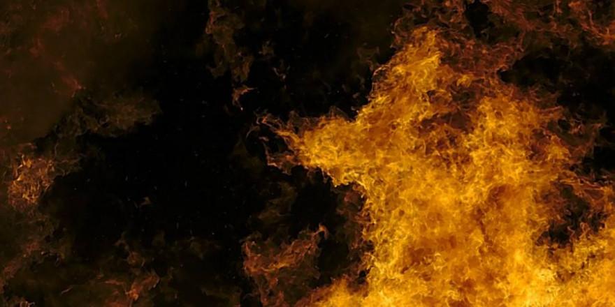 Flammen (Symbolbild: Hjörleifur Sveinbjörnsson)