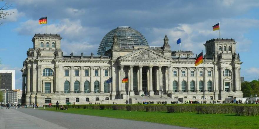 Welche Koalition nach der Bundestagswahl im September das Sagen haben wird, steht noch in den Sternen (Symbolbild: Karlheinz Pape)