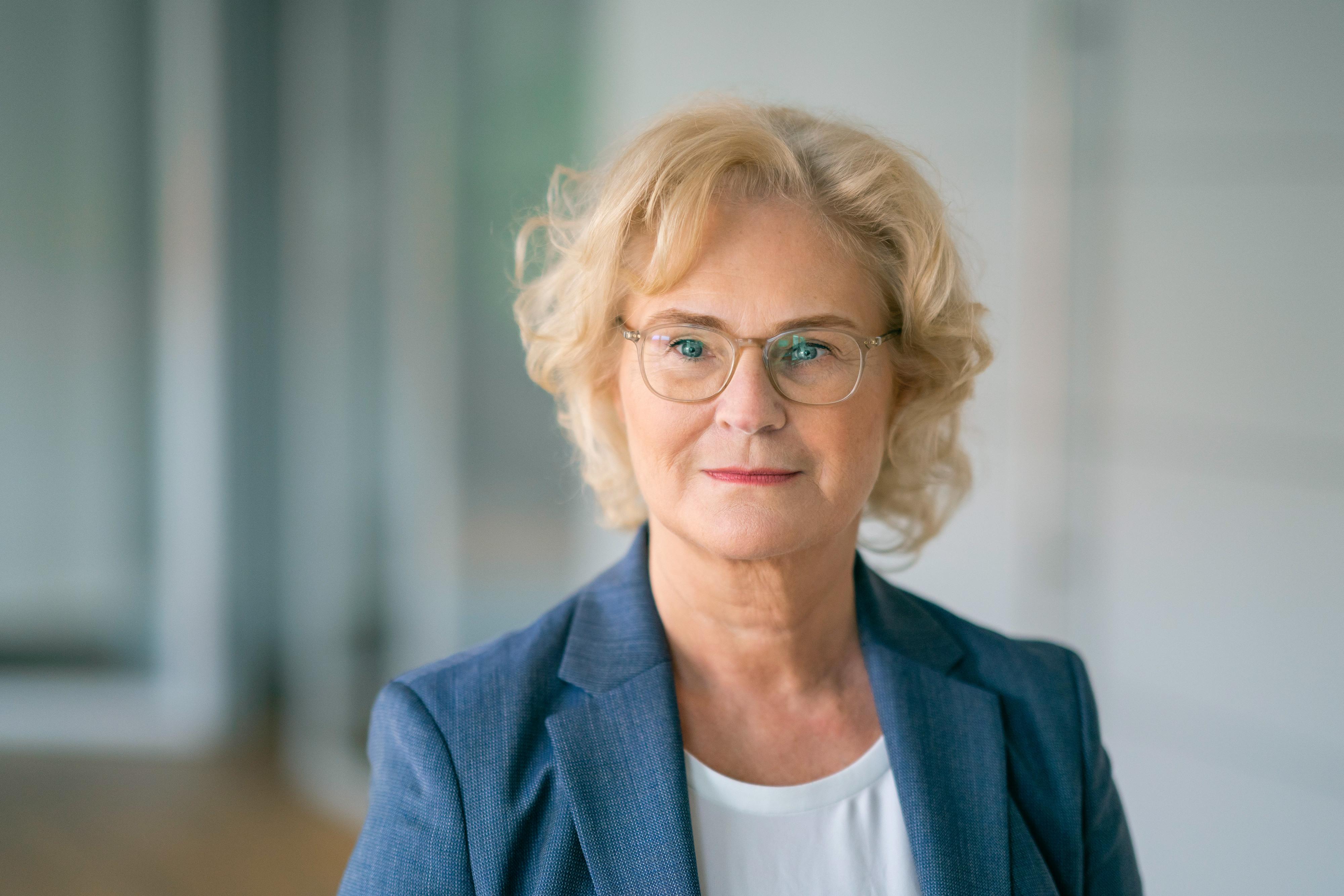 Christine Lambrecht, Bundesministerin der Justiz und für Verbraucherschutz (Foto: Thomas Köhler / photothek)